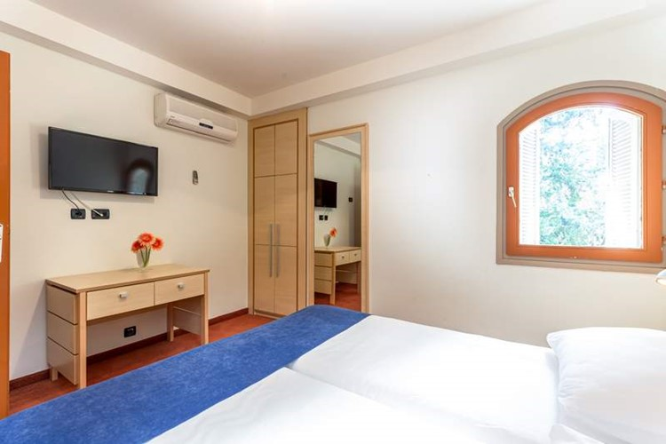 Twin room_pansion Delfin (2)